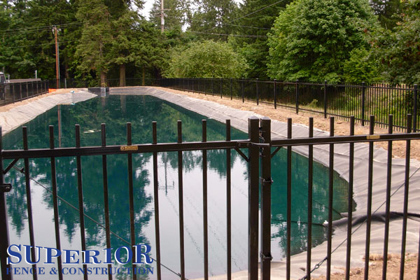 Ornamental steel and aluminum fence